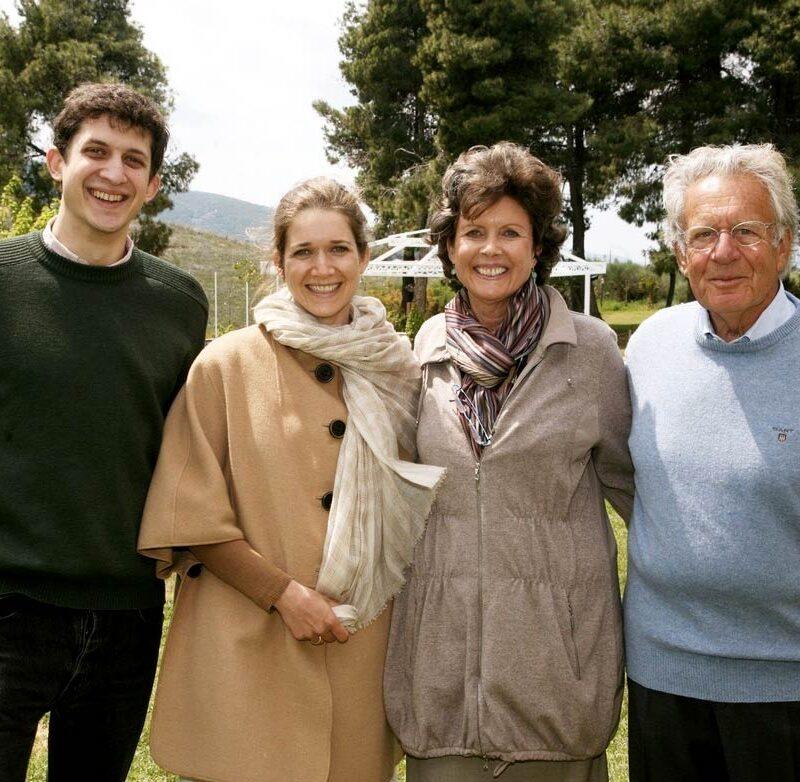 kokotos-family